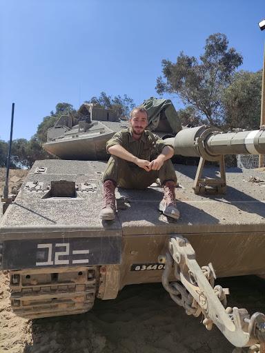 מצטיין השנה החדשה, תושב כפר סבא: סמל מיכאל סנדקובסקי, לוחם בגדוד 101 של חטיבת הצנחנים